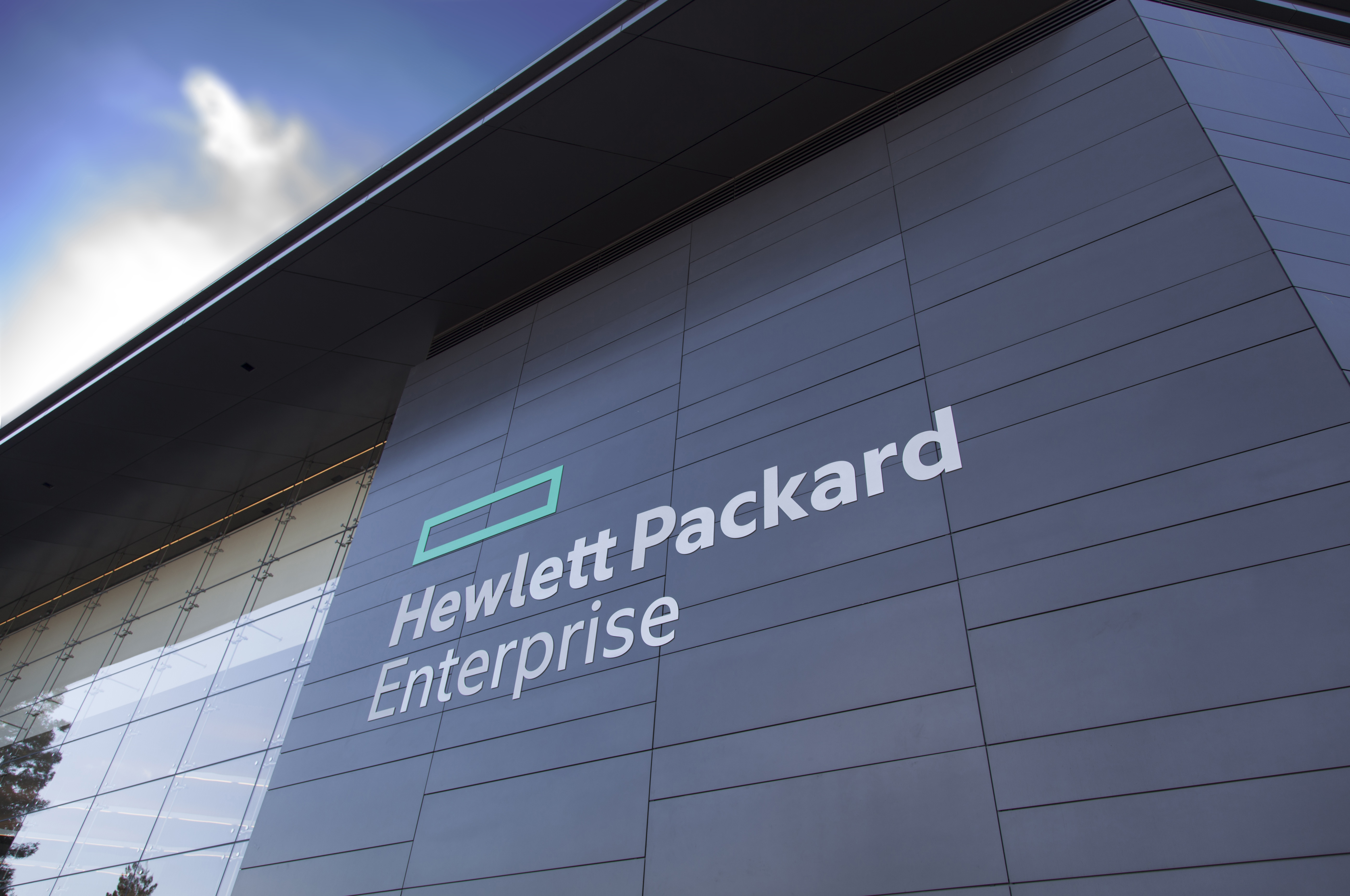 HPE see future in solutions, hybrid cloud and data at the ...