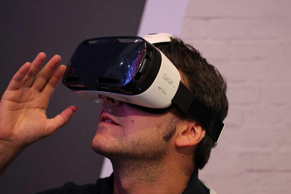 RIP mobile virtual reality: Samsung drops Gear VR support in Galaxy Note 10