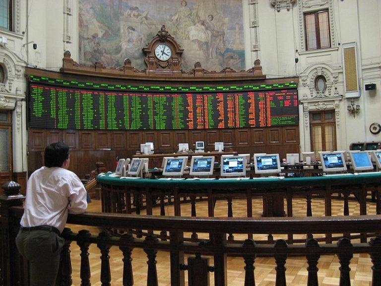 800px-santiago_stock_exchange_inside