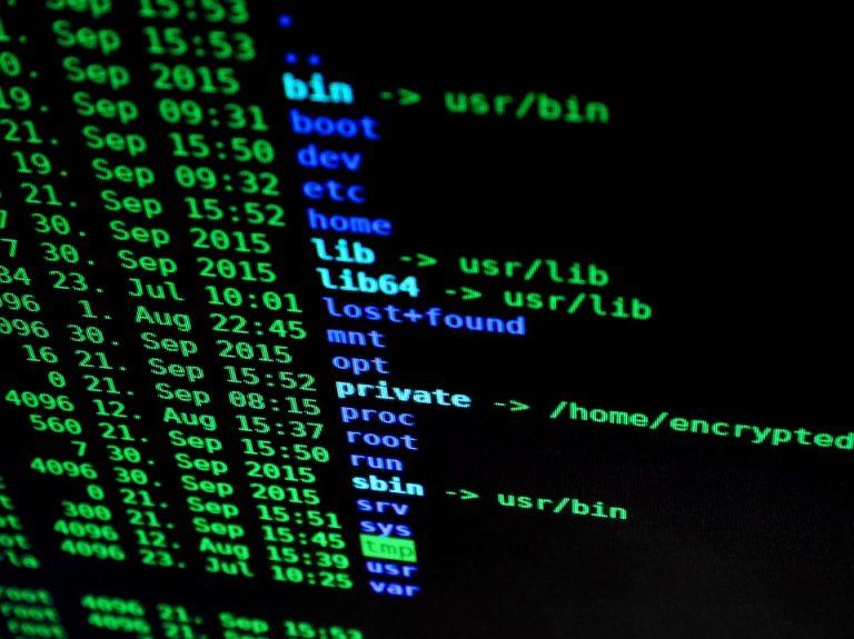 hacking-1685092_960_720