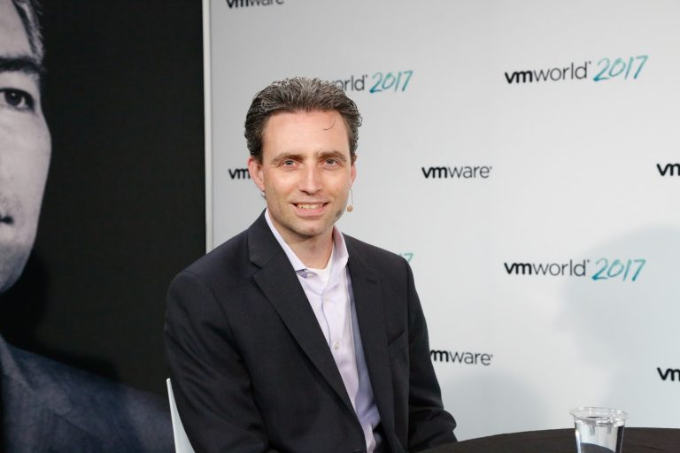 HPE aims to simplify software-defined tech after strategic