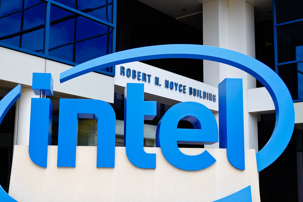 Tech Tycoon Intel to face 32 lawsuits for performance issues