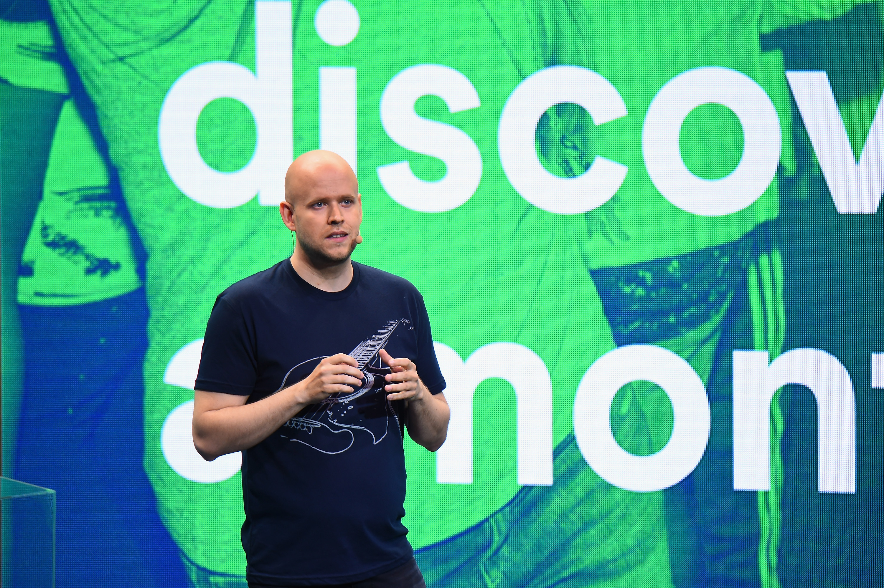 Spotifys unusual ipo sparks investor uncertainty but shares close spotify daniel ek biocorpaavc Image collections