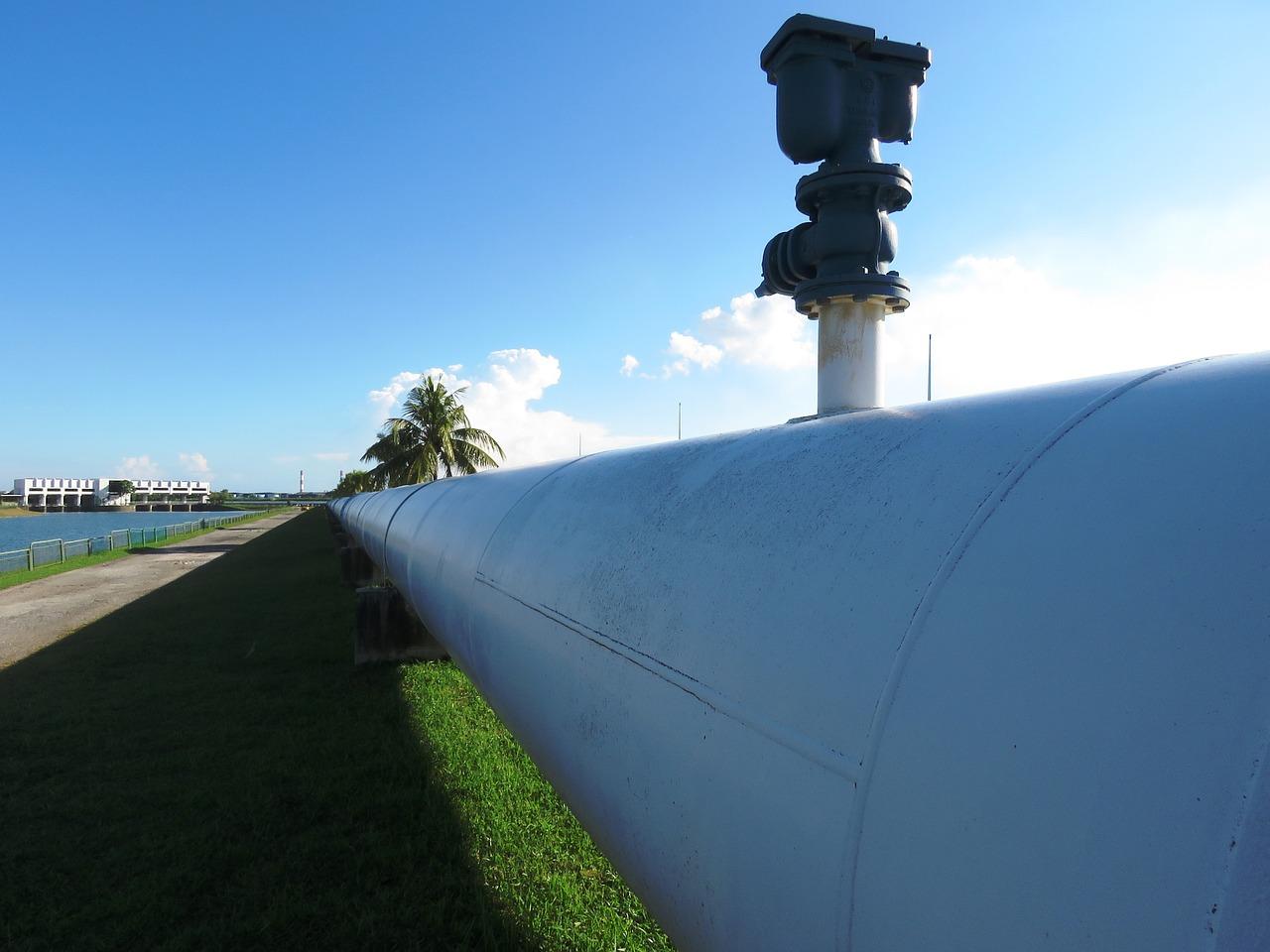 pipeline-2472068_1280