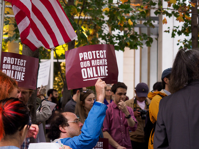Senate passes measure repealing changes to net neutrality rules