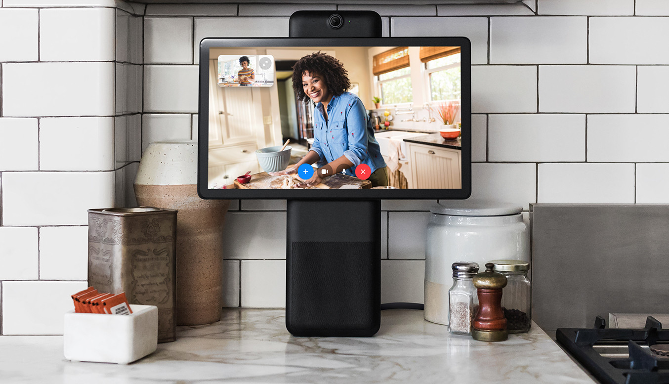 Facebook wants to add a camera to your TV