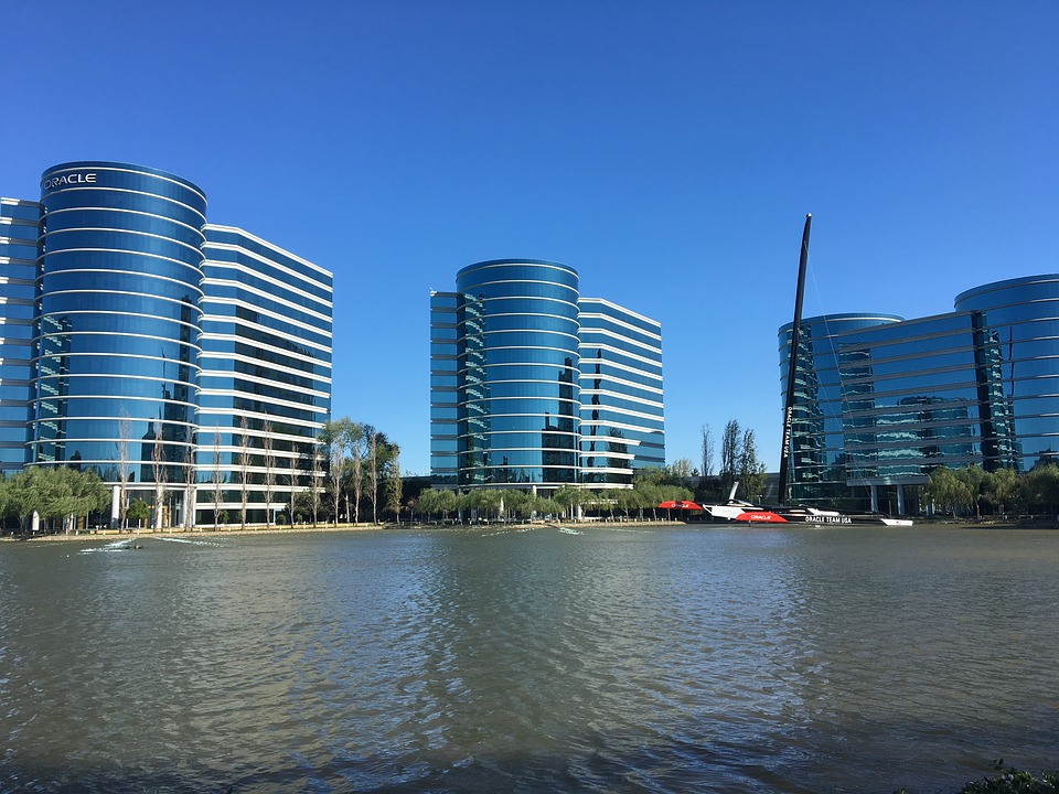 Oracle pitches new serverless computing options for developers