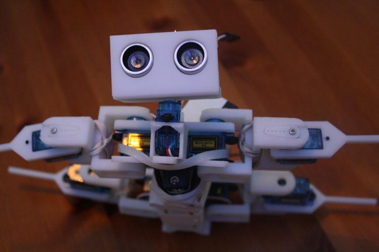 robot-648622_960_720-1