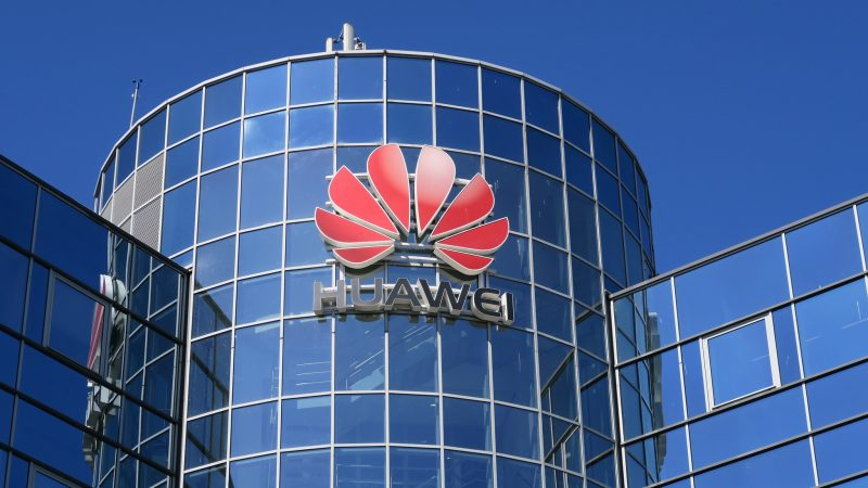 Huawei's troubles pile up as it's cut off from Arm's chip designs - SiliconANGLE