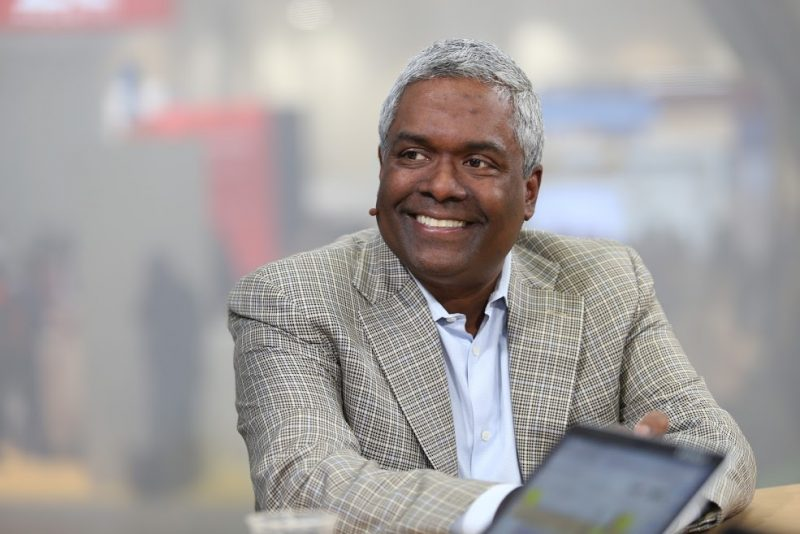 NetApp comes up short again with missed earnings and light guidance