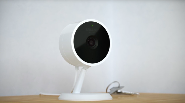 Report reveals Amazon uses human video reviewers for its Cloud Cam cameras