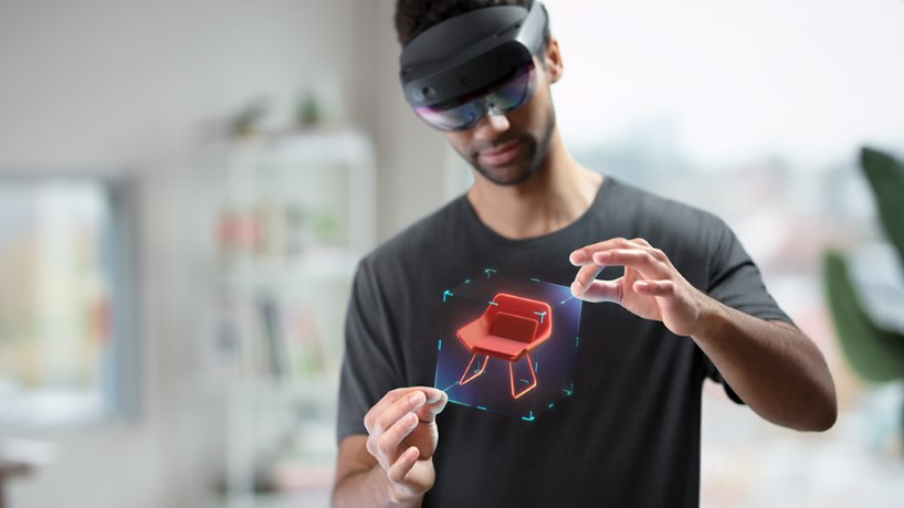 Microsoft starts shipping mixed-reality Hololens 2 headset to the public