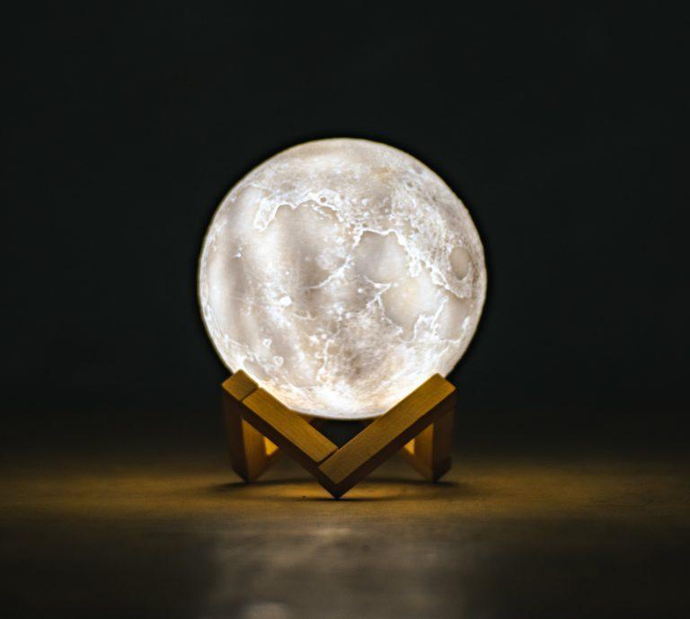 Cloudy crystal ball