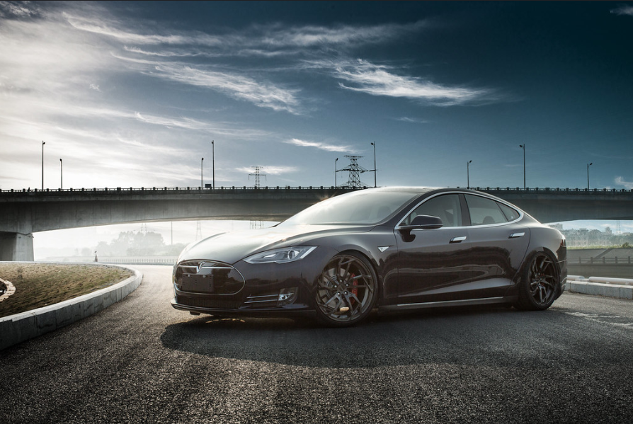 Tesla to open R&D center in China later this year