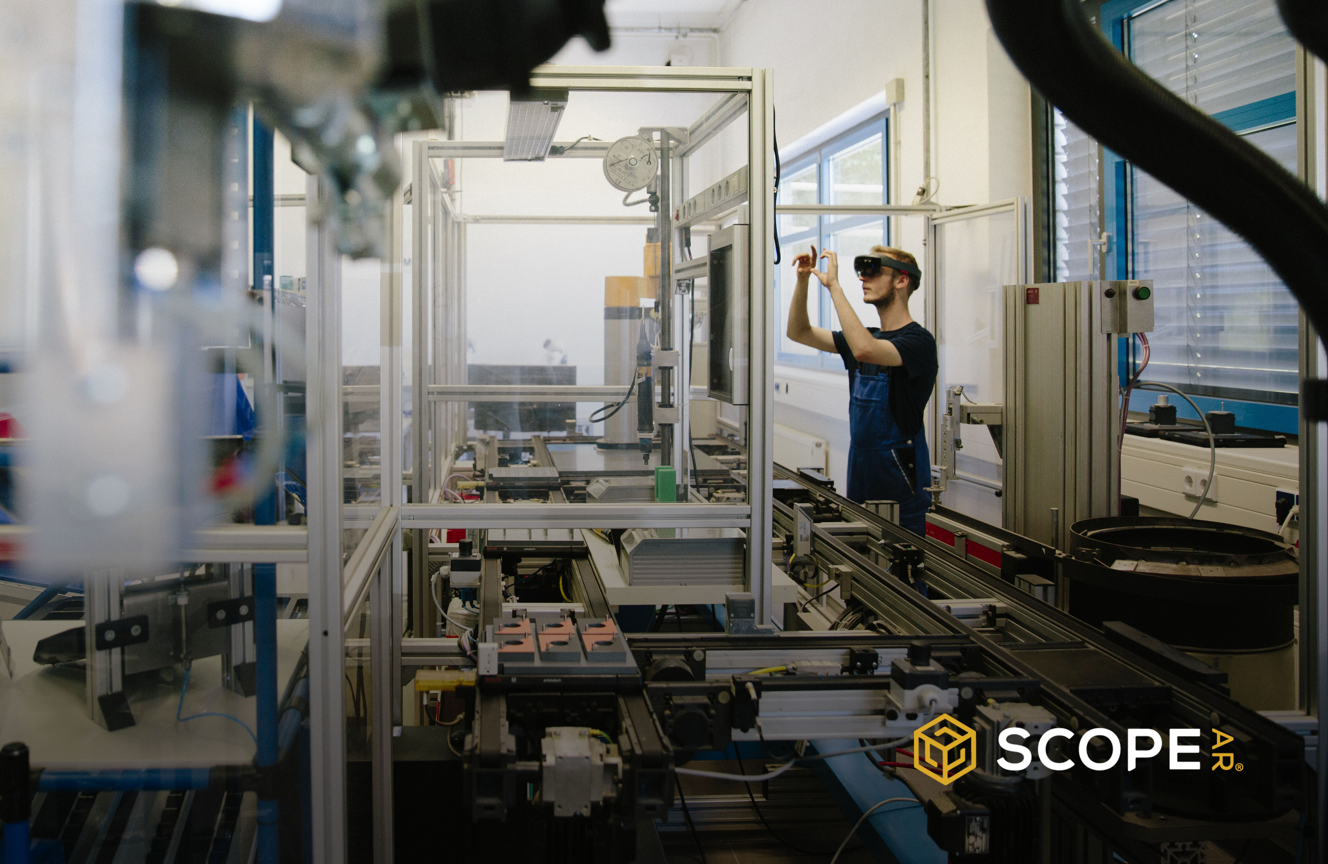 Scope AR partners with ServiceMax to bring enhanced visual knowledge to technicians