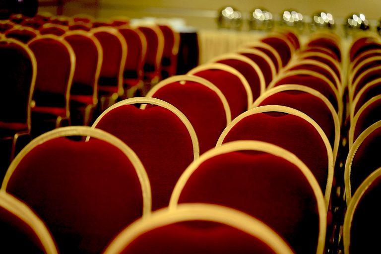 convention-center-3908236_1920-shameersrk-pixabay