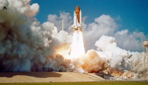 challenger-space-shuttle-1102029_1920-skeeze-pixabay